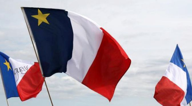 Résumé: La mort présumée du Canada français
